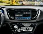 2021 Chrysler Pacifica Pinnacle AWD Central Console Wallpapers 150x120 (44)