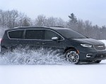 2021 Chrysler Pacifica Pinnacle AWD In Snow Wallpapers 150x120 (26)