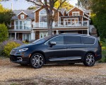 2021 Chrysler Pacifica Pinnacle AWD Side Wallpapers 150x120 (9)