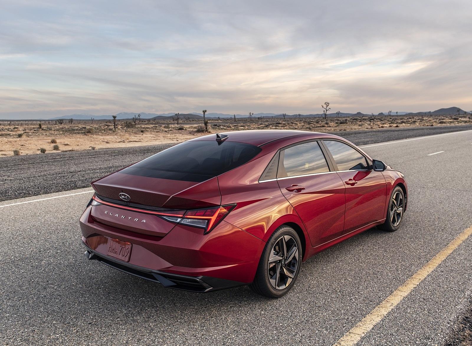 2021 Hyundai Elantra Rear Three-Quarter Wallpapers (7)