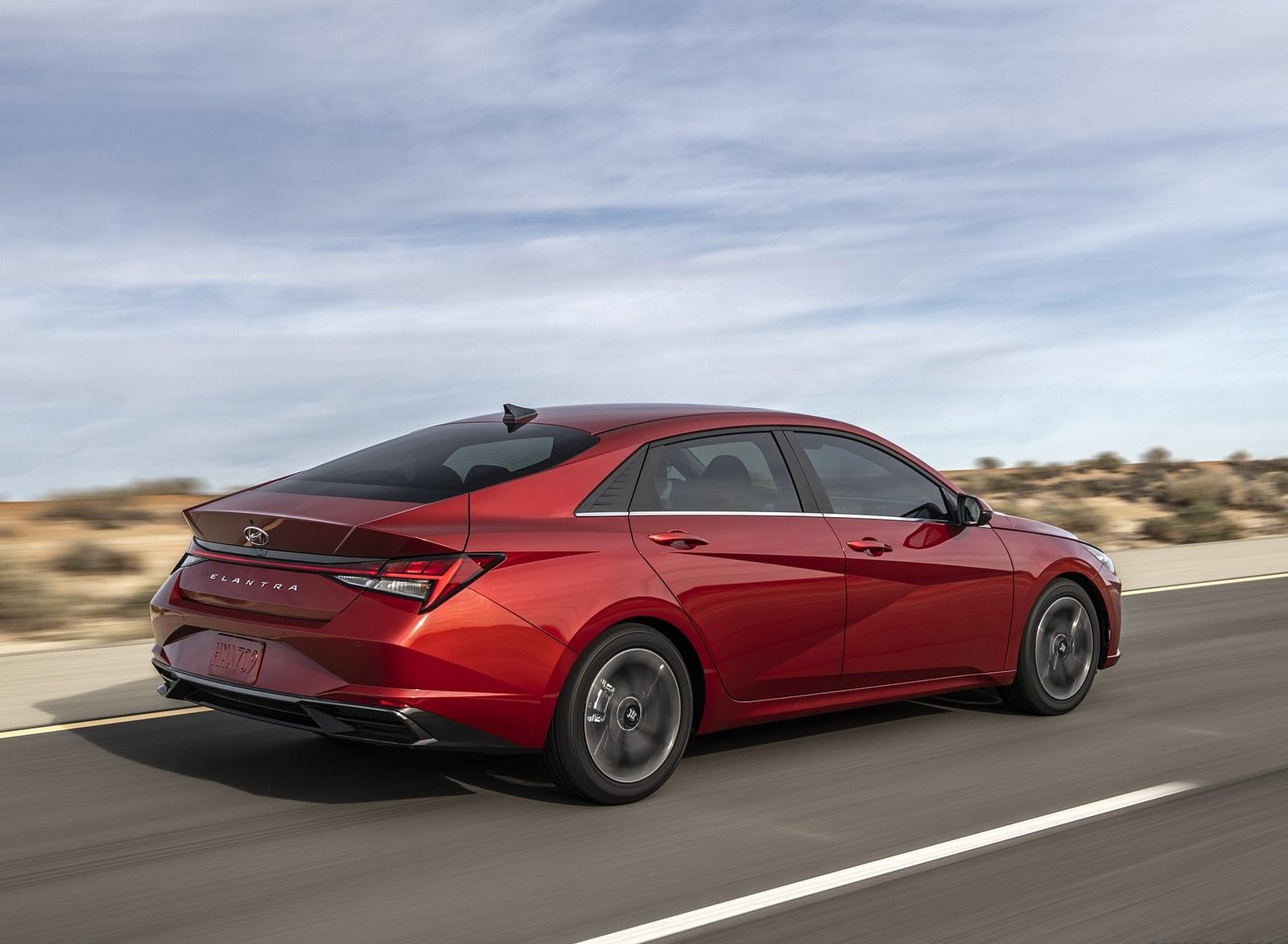 2021 Hyundai Elantra Rear Three-Quarter Wallpapers (2)