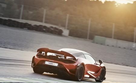 2021 McLaren 765LT Rear Three-Quarter Wallpapers 450x275 (4)