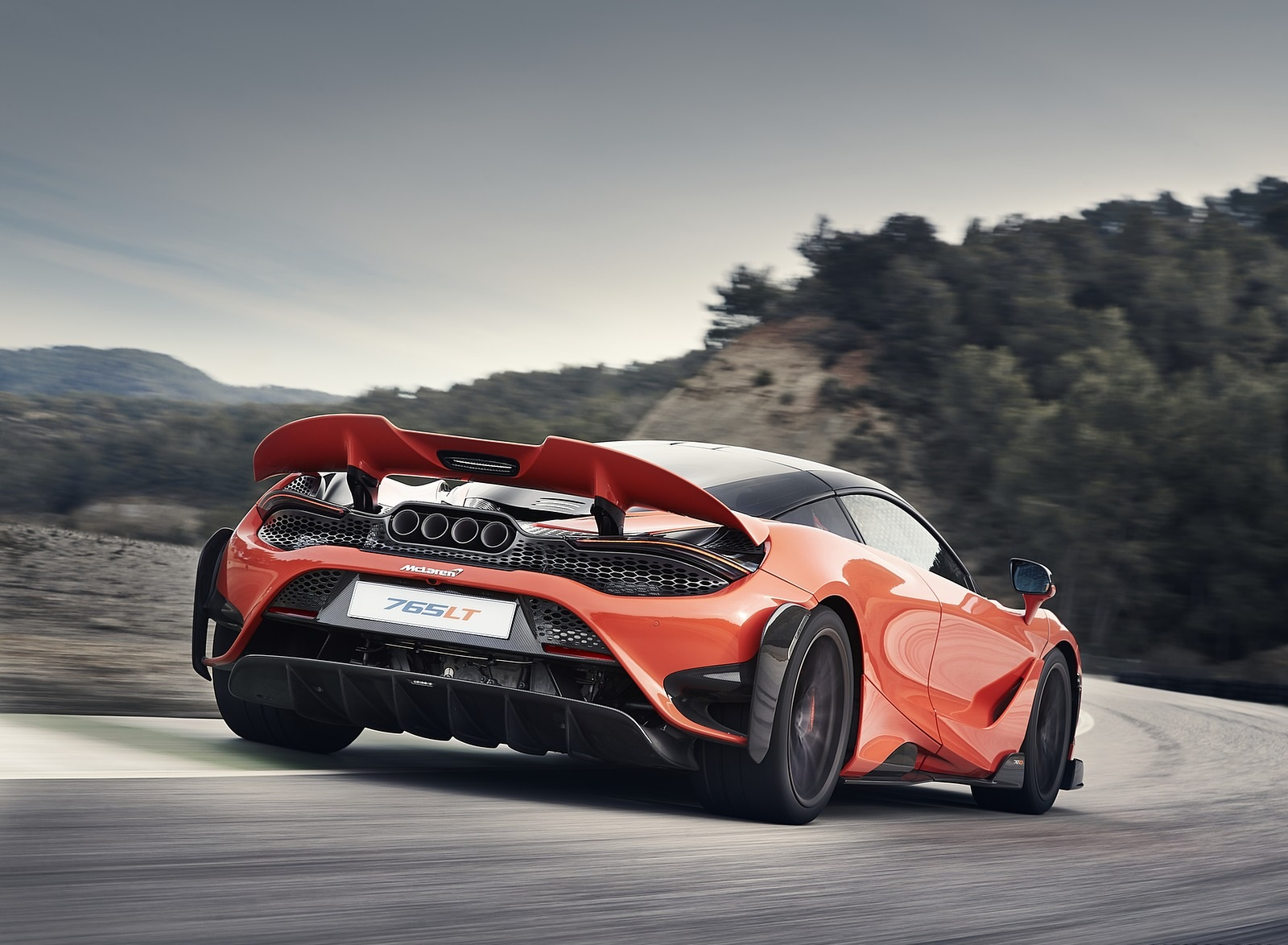2021 McLaren 765LT Rear Three-Quarter Wallpapers (6)