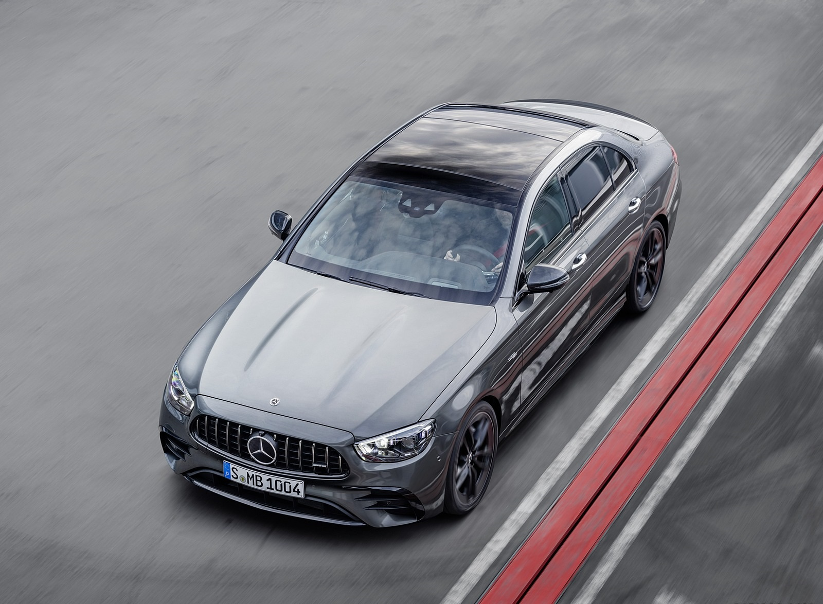 2021 Mercedes-AMG E 53 4MATIC+ Night Package (Color: Selenite Grey Metallic) Front Three-Quarter Wallpapers (6)