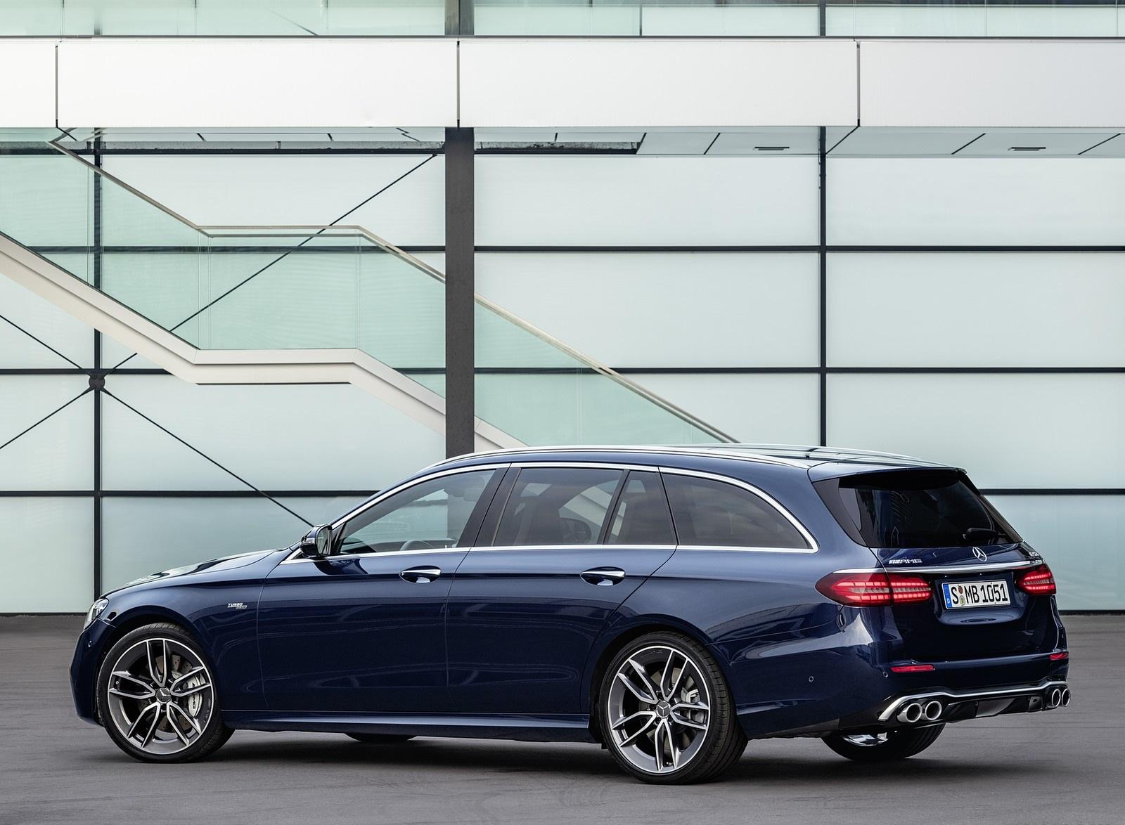 2021 Mercedes-AMG E 53 Estate 4MATIC+ T-Model (Color: Cavansite Blue Metallic) Rear Three-Quarter Wallpapers (9)
