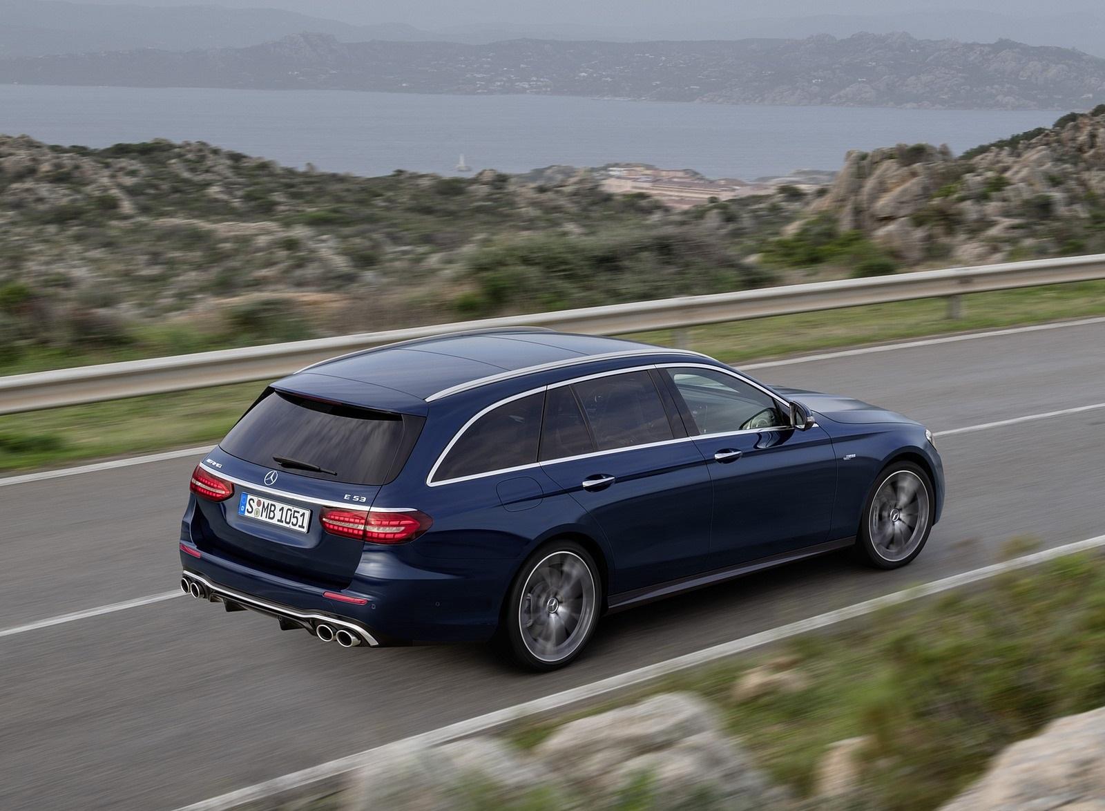2021 Mercedes-AMG E 53 Estate 4MATIC+ T-Model (Color: Cavansite Blue Metallic) Rear Three-Quarter Wallpapers (6)