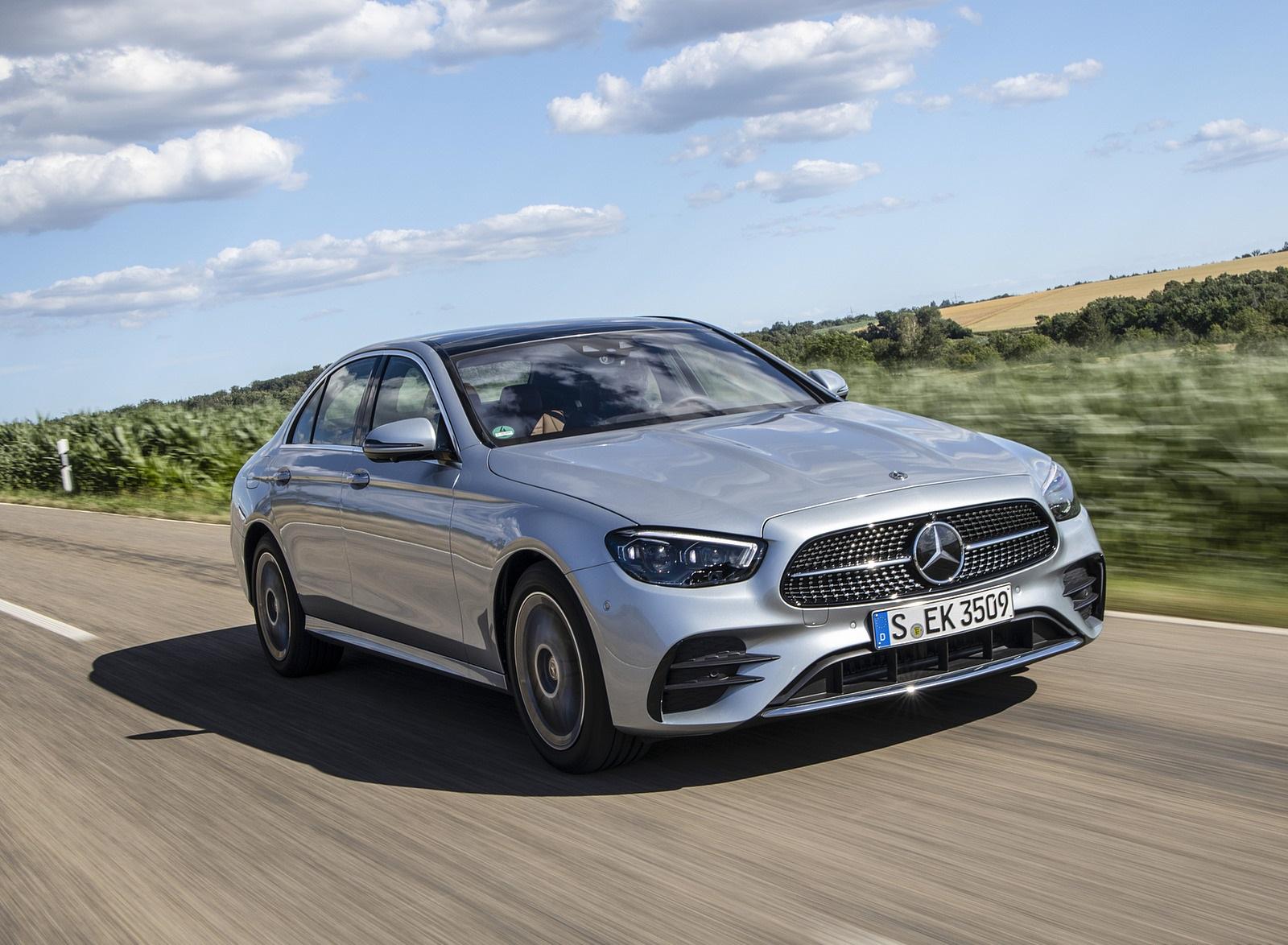 2021 Mercedes-Benz E 350 (Color: Hightech silver) Front Three-Quarter Wallpapers (3)