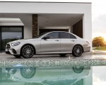 2021 Mercedes-Benz E-Class AMG line (Color: Mojave Silver Metallic) Front Three-Quarter Wallpapers 150x120 (43)