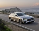 2021 Mercedes-Benz E-Class AMG line (Color: Mojave Silver Metallic) Front Three-Quarter Wallpapers 150x120 (25)