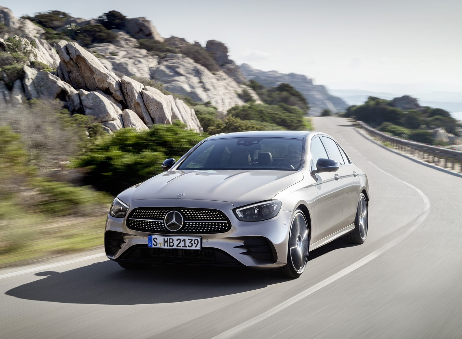 2021 Mercedes-Benz E-Class AMG line (Color: Mojave Silver Metallic) Front  Wallpapers (24) - NewCarCars