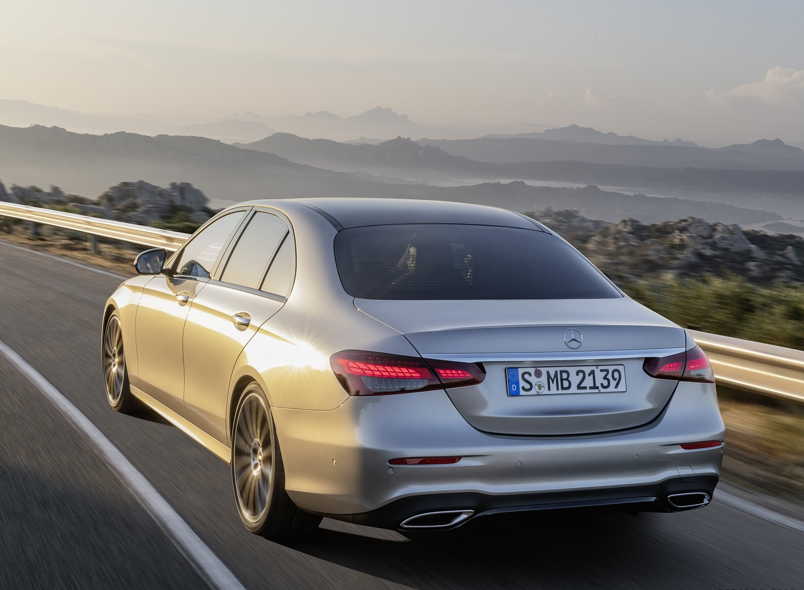 2021 Mercedes-Benz E-Class AMG line (Color: Mojave Silver Metallic) Rear Three-Quarter Wallpapers (7)