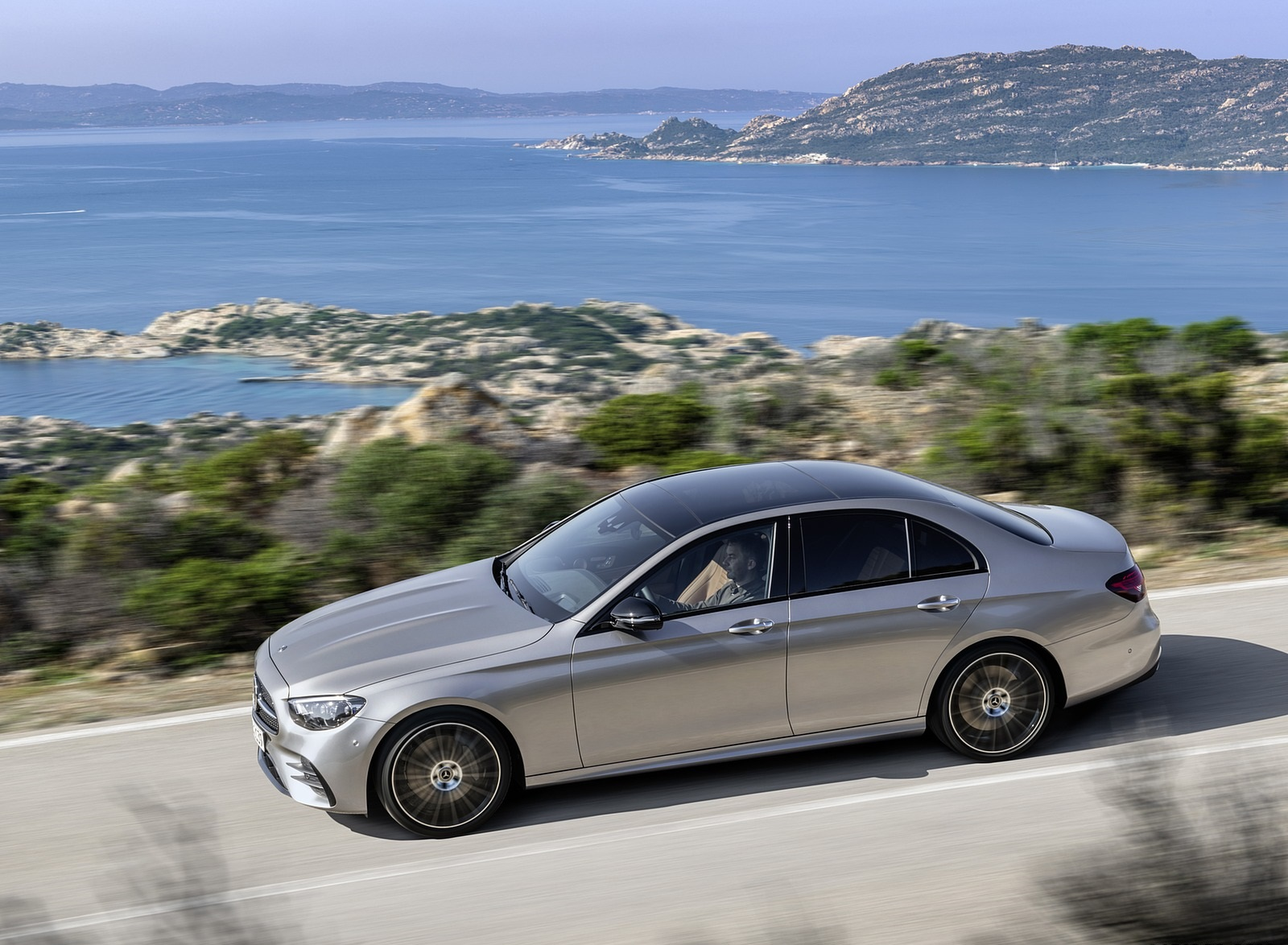 2021 Mercedes-Benz E-Class AMG line (Color: Mojave Silver Metallic) Side Wallpapers (9)