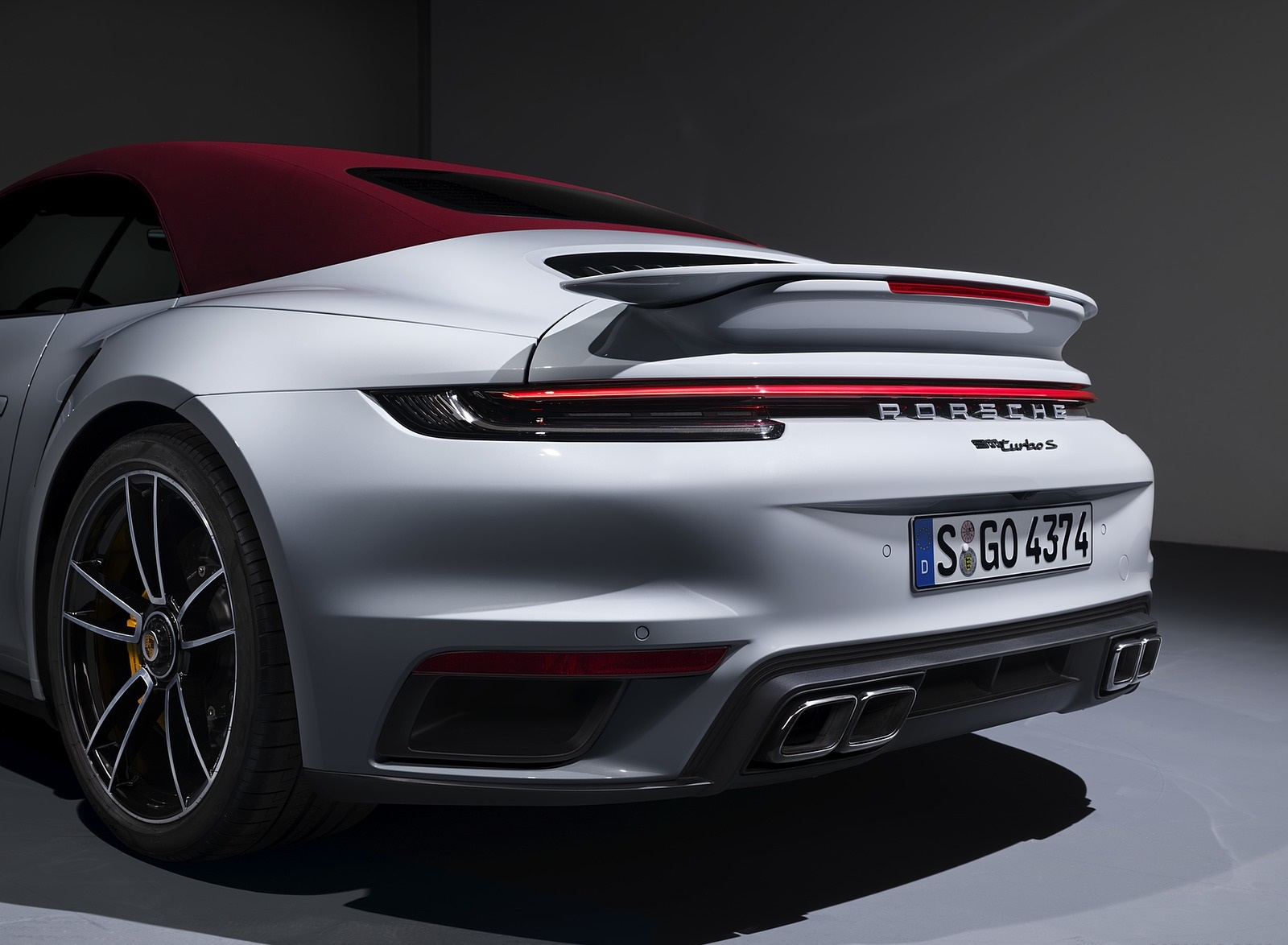 2021 Porsche 911 Turbo S Cabriolet Detail Wallpapers (6)