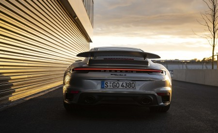 2021 Porsche 911 Turbo S Coupe (Color: GT Silver Metallic) Rear Wallpapers 450x275 (125)
