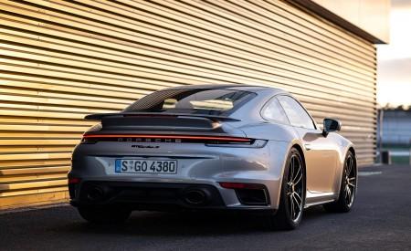 2021 Porsche 911 Turbo S Coupe (Color: GT Silver Metallic) Rear Wallpapers 450x275 (126)
