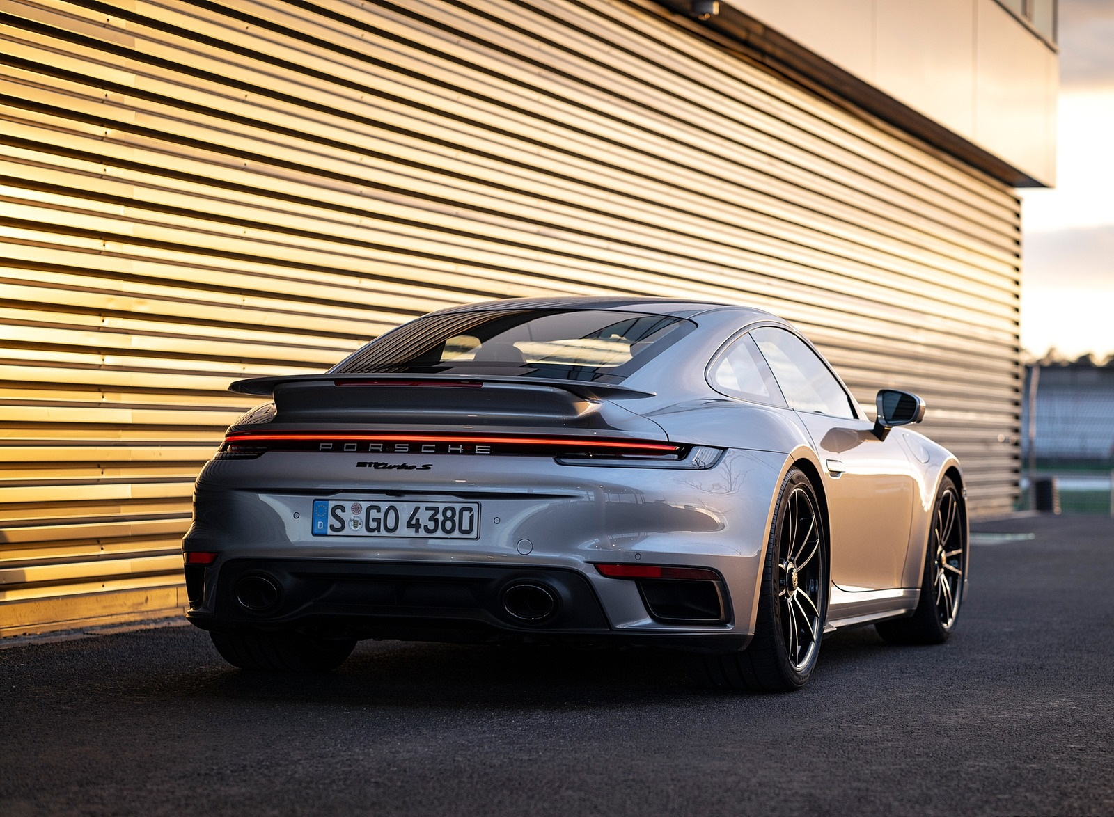 2021 Porsche 911 Turbo S Coupe Color Gt Silver Metallic Rear Wallpapers 66 Newcarcars