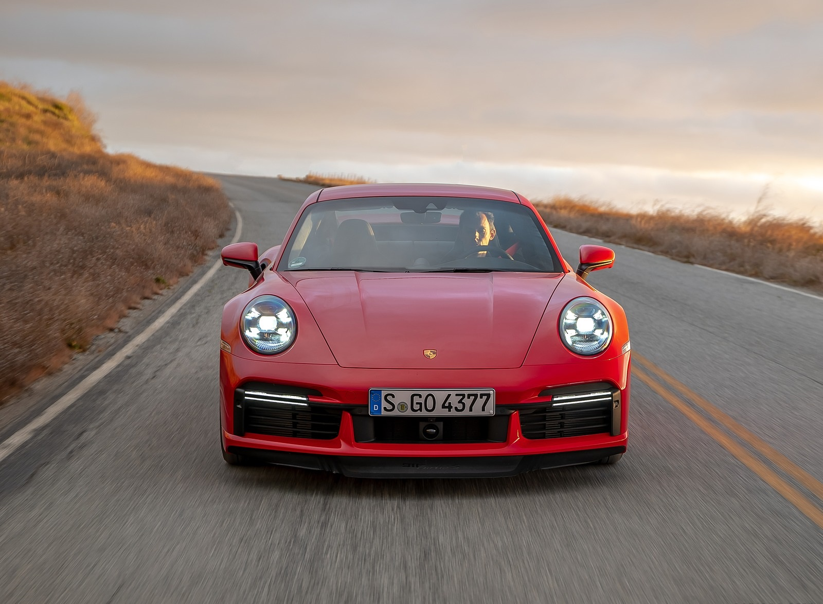 2021 Porsche 911 Turbo S Coupe (Color: Guards Red) Front Wallpapers (8)