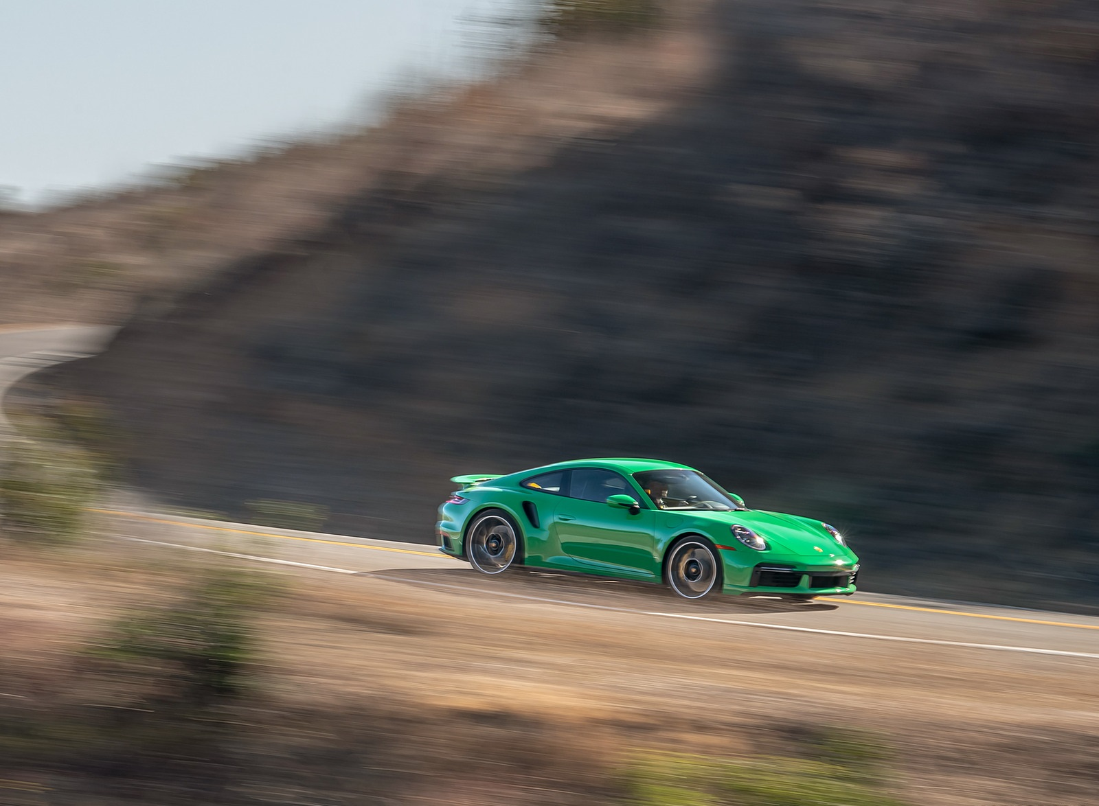 2021 Porsche 911 Turbo S Coupe (Color: Python Green) Front Three-Quarter Wallpapers (4)