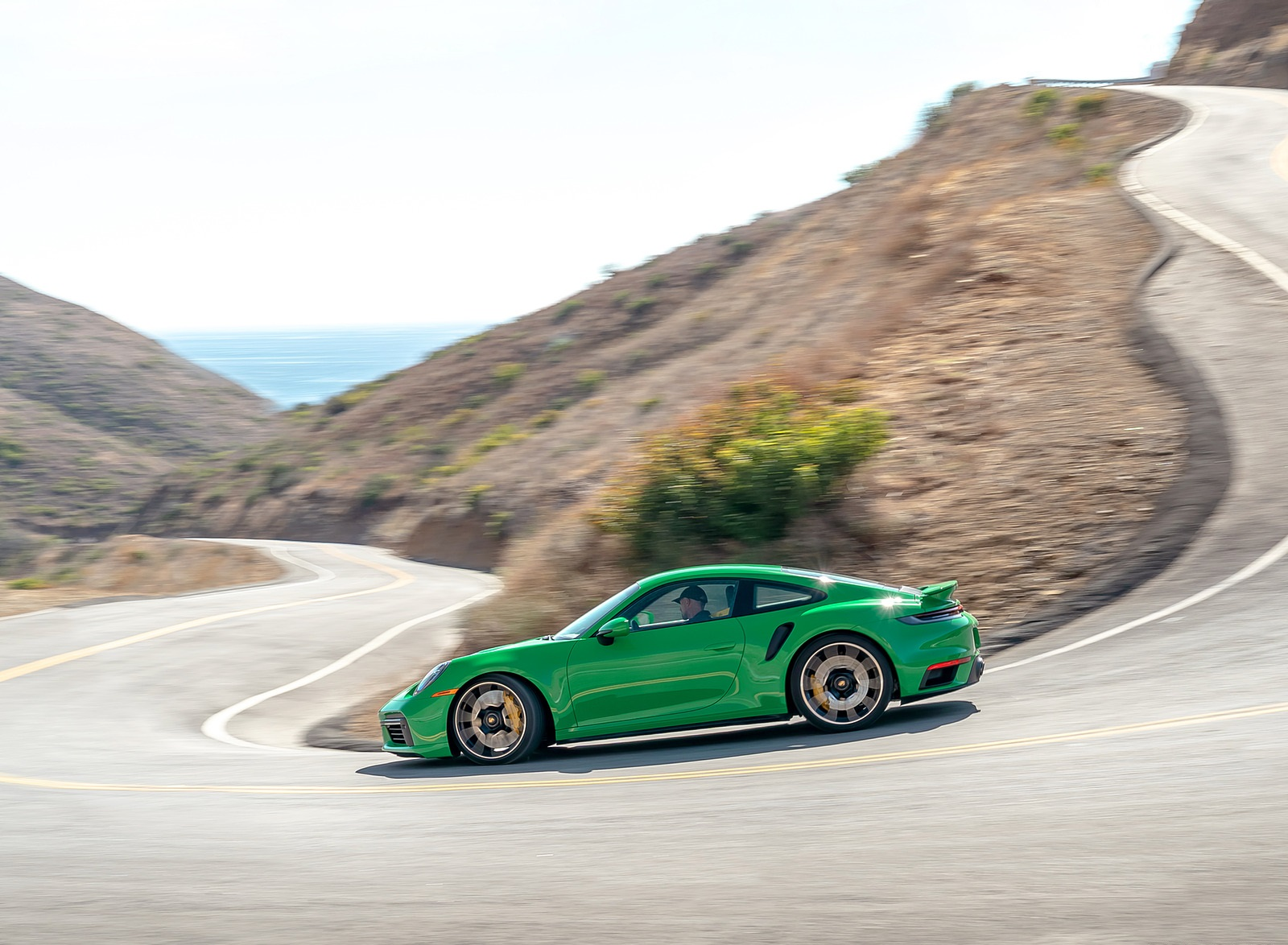 2021 Porsche 911 Turbo S Coupe (Color: Python Green) Side Wallpapers (3)