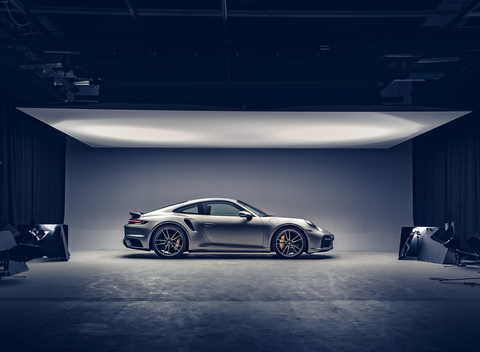 2021 Porsche 911 Turbo S Coupe Side Wallpapers (9)