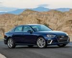 2020 Audi A4 (US-Spec) Front Three-Quarter Wallpapers 150x120 (6)