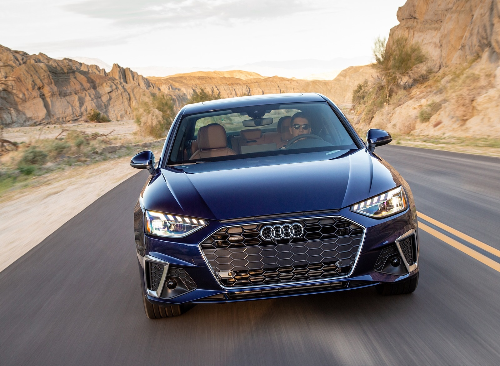 2020 Audi A4 (US-Spec) Front Wallpapers (4)