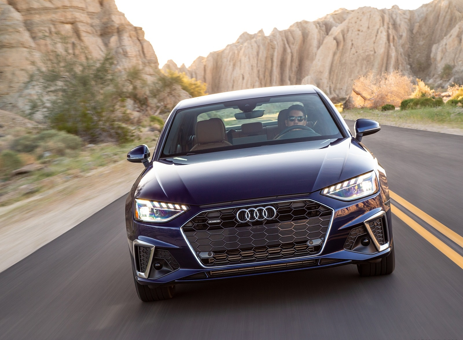 2020 Audi A4 (US-Spec) Front Wallpapers (5)