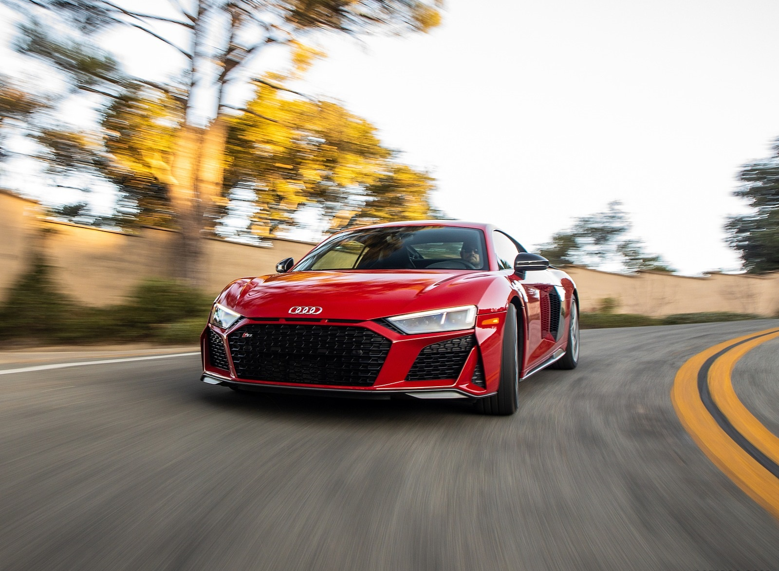 2020 Audi R8 Coupe (US-Spec) Front Wallpapers (1)