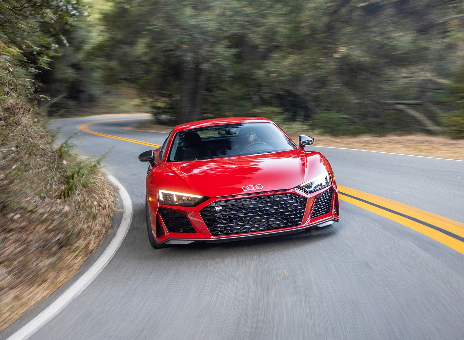 2020 Audi R8 Coupe (US-Spec) Front Wallpapers (7)