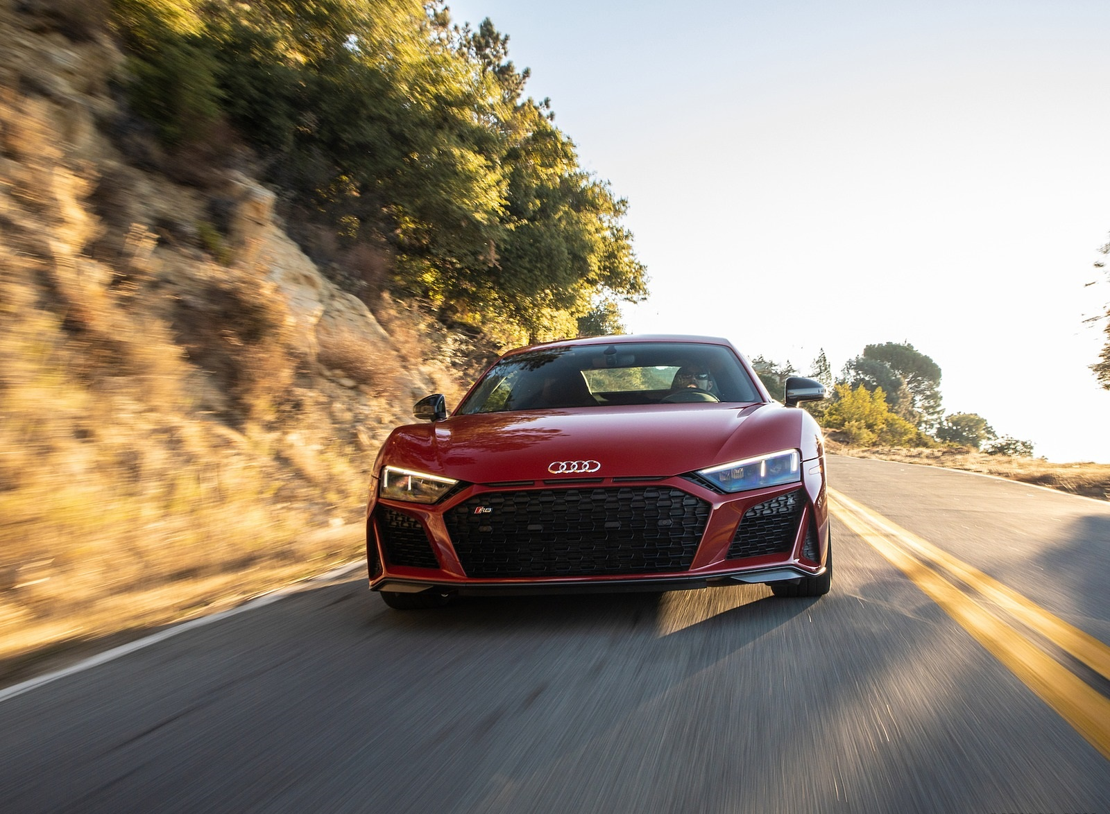 2020 Audi R8 Coupe (US-Spec) Front Wallpapers (4)