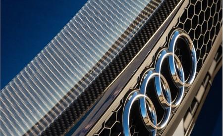 2020 Audi R8 Spyder (US-Spec) Badge Wallpapers 450x275 (26)