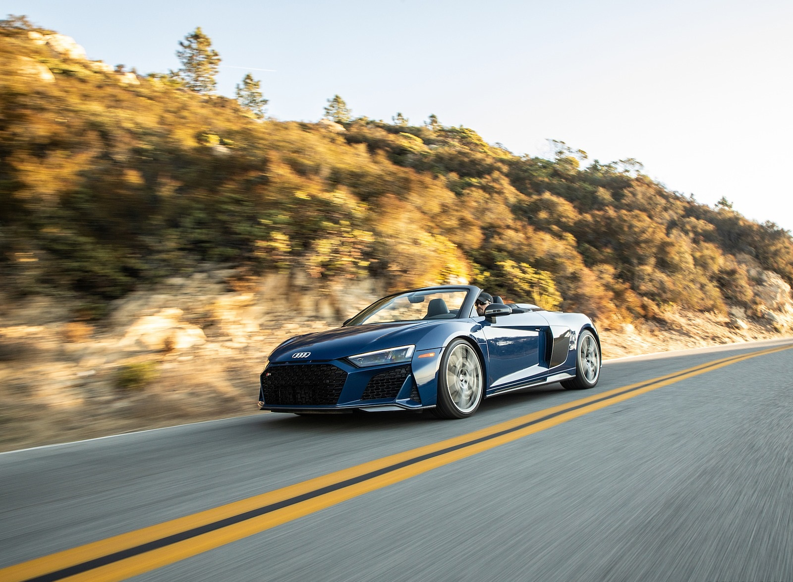 2020 Audi R8 Spyder (US-Spec) Front Three-Quarter Wallpapers (7)