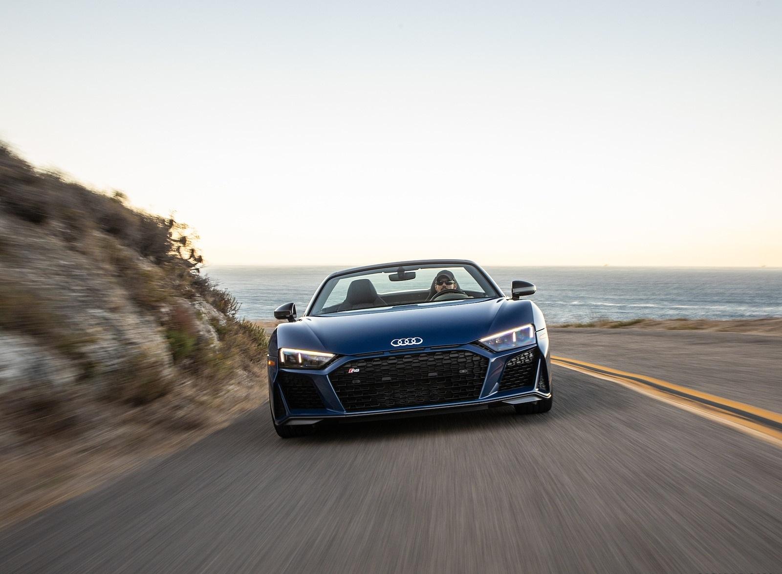2020 Audi R8 Spyder (US-Spec) Front Wallpapers (8)