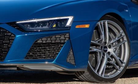 2020 Audi R8 Spyder (US-Spec) Headlight Wallpapers 450x275 (31)