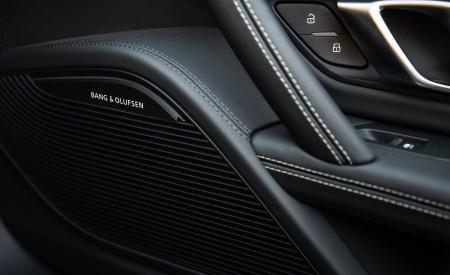 2020 Audi R8 Spyder (US-Spec) Interior Detail Wallpapers 450x275 (37)