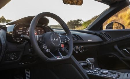 2020 Audi R8 Spyder (US-Spec) Interior Wallpapers 450x275 (43)
