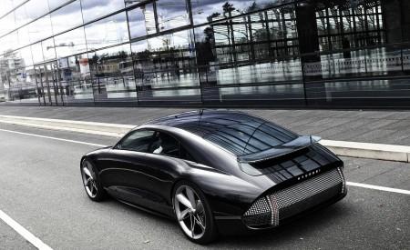 2020 Hyundai Prophecy EV Concept Rear Three-Quarter Wallpapers 450x275 (5)