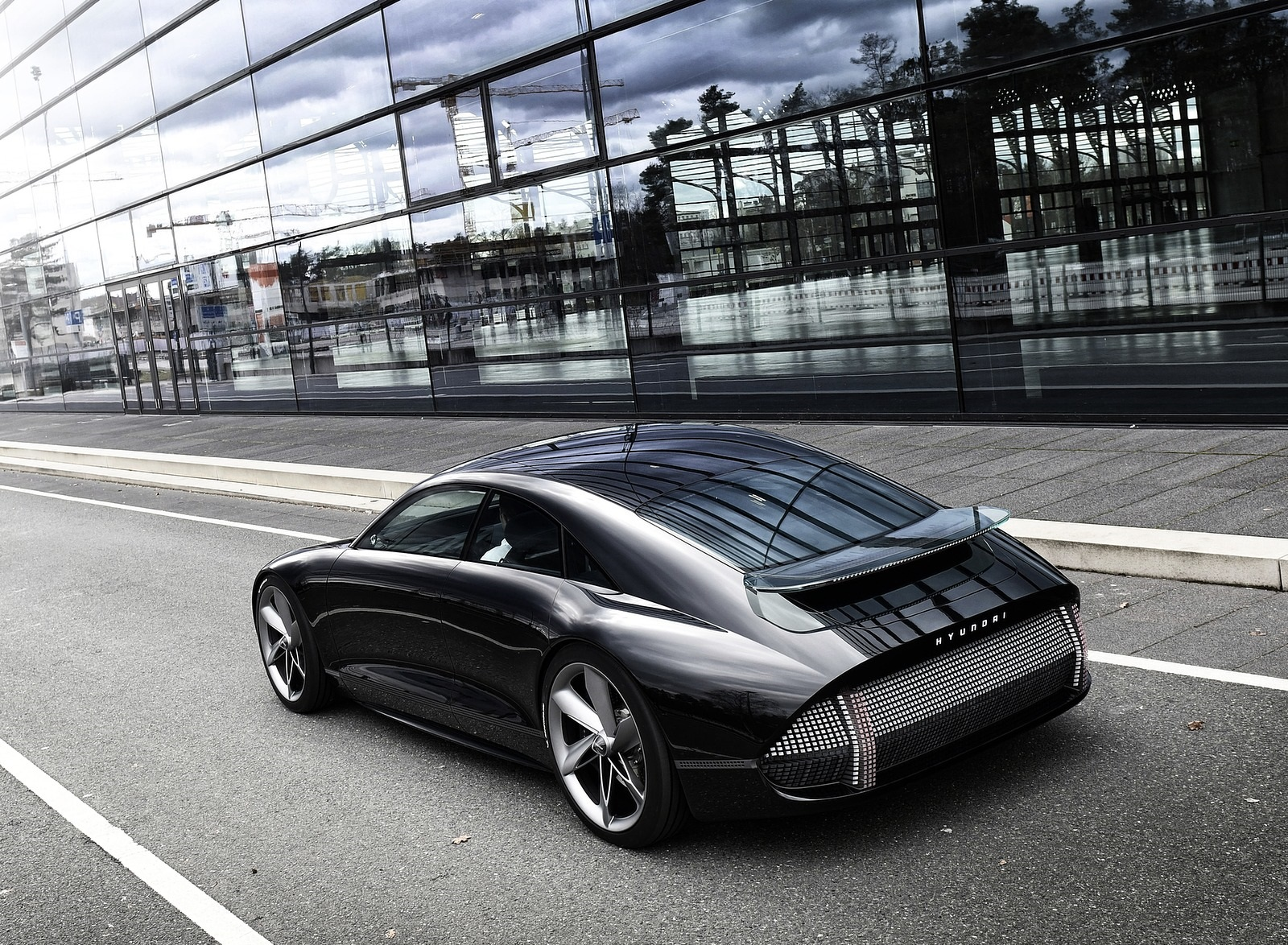 2020 Hyundai Prophecy EV Concept Rear Three-Quarter Wallpapers (5)