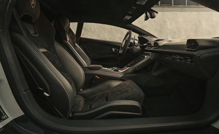 2020 NOVITEC Lamborghini Huracán EVO Interior Wallpapers 450x275 (14)