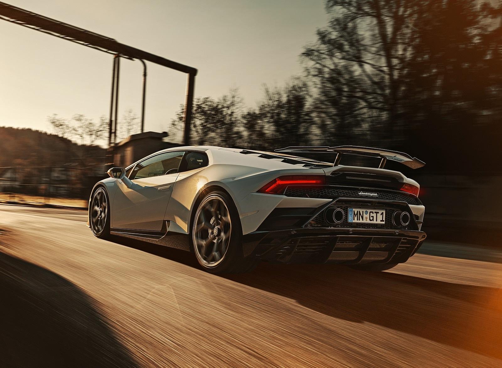 2020 NOVITEC Lamborghini Huracán EVO Rear Three-Quarter Wallpapers (4)