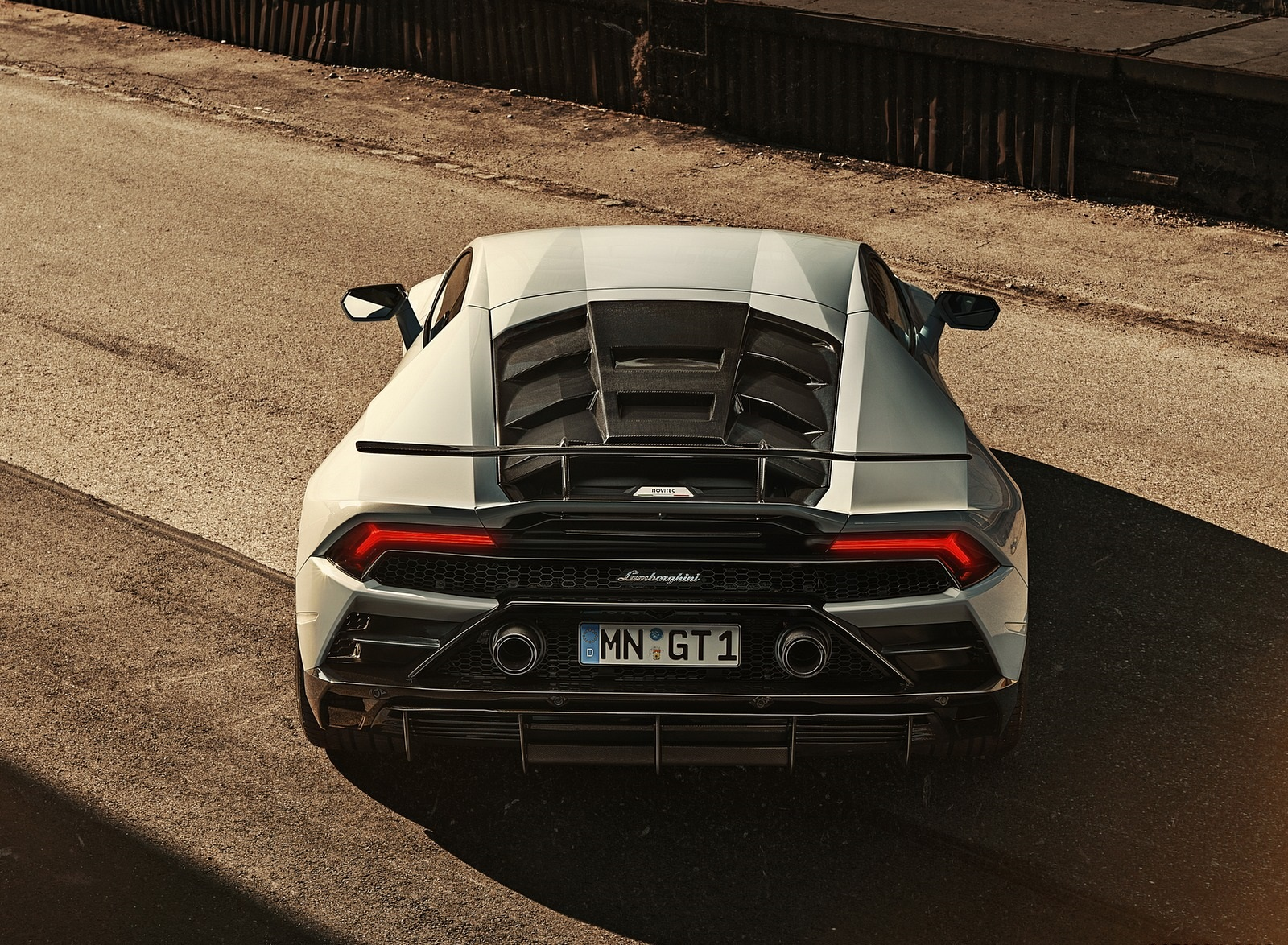 2020 NOVITEC Lamborghini Huracán EVO Rear Wallpapers (7)