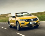 2020 Volkswagen T-Roc R-Line Cabriolet (UK-Spec) Front Three-Quarter Wallpapers 150x120 (26)