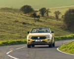 2020 Volkswagen T-Roc R-Line Cabriolet (UK-Spec) Front Wallpapers 150x120 (4)