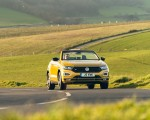 2020 Volkswagen T-Roc R-Line Cabriolet (UK-Spec) Front Wallpapers 150x120 (5)