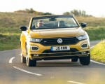 2020 Volkswagen T-Roc R-Line Cabriolet (UK-Spec) Front Wallpapers 150x120 (42)