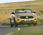 2020 Volkswagen T-Roc R-Line Cabriolet (UK-Spec) Front Wallpapers 150x120 (44)