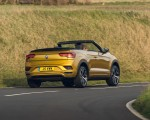 2020 Volkswagen T-Roc R-Line Cabriolet (UK-Spec) Rear Three-Quarter Wallpapers 150x120 (31)