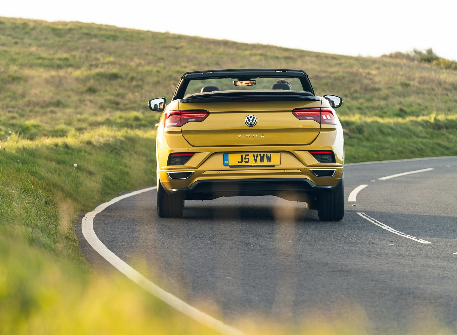 2020 Volkswagen T-Roc R-Line Cabriolet (UK-Spec) Rear Wallpapers (10)