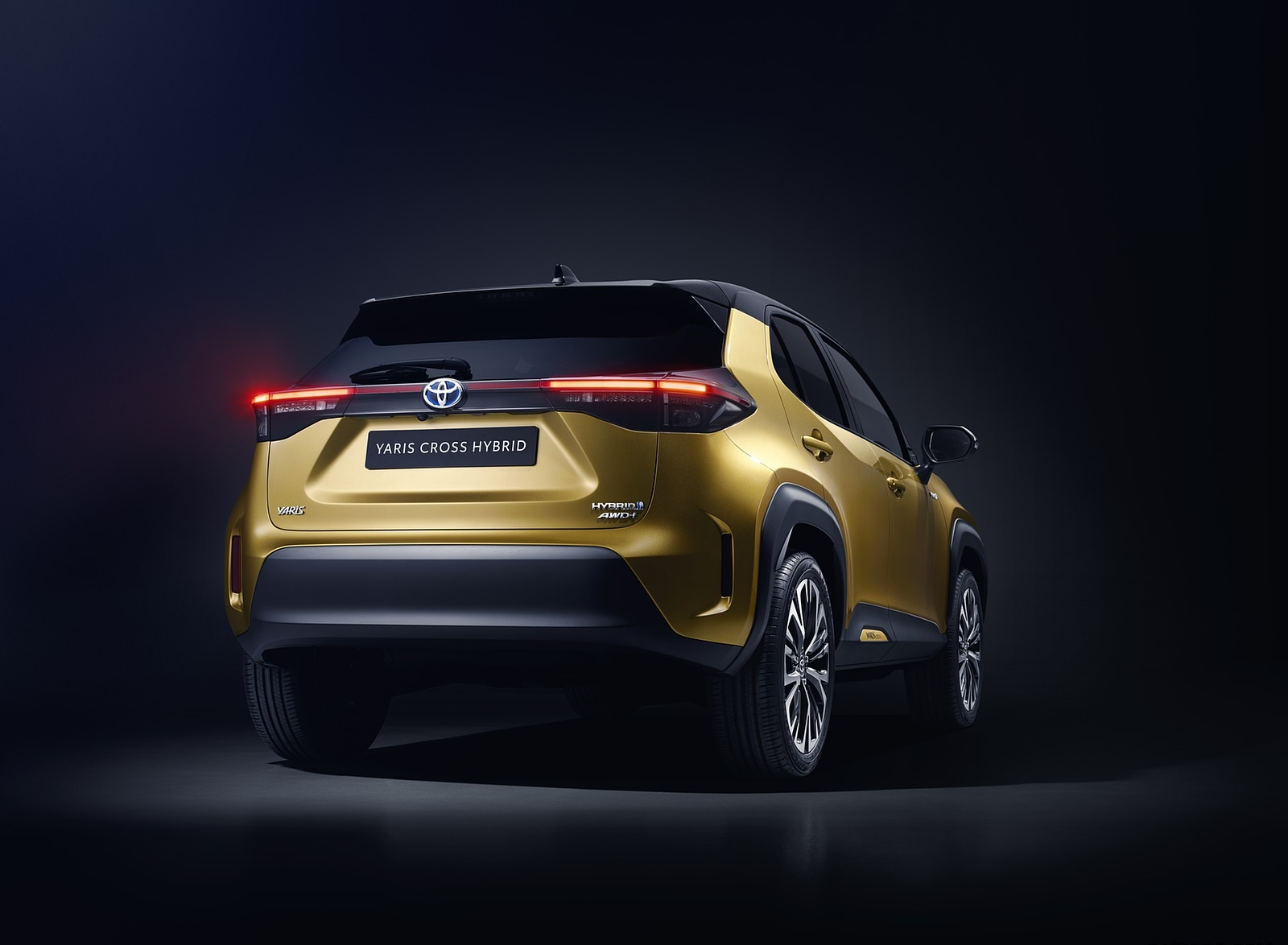 2021 Toyota Yaris Cross Hybrid AWD Rear Wallpapers (6)