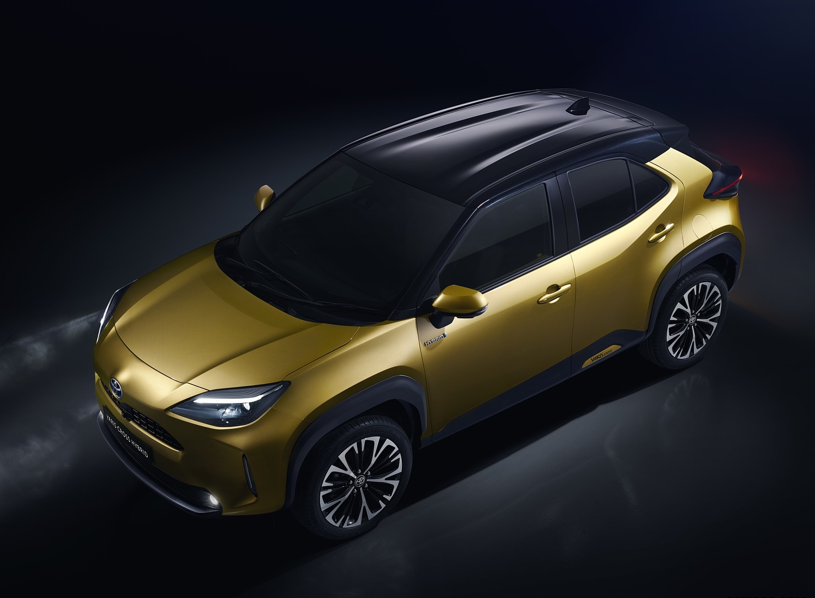 2021 Toyota Yaris Cross Hybrid AWD Top Wallpapers (3)